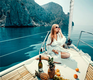 PRIVATE YACHTS / SAILING TOURS